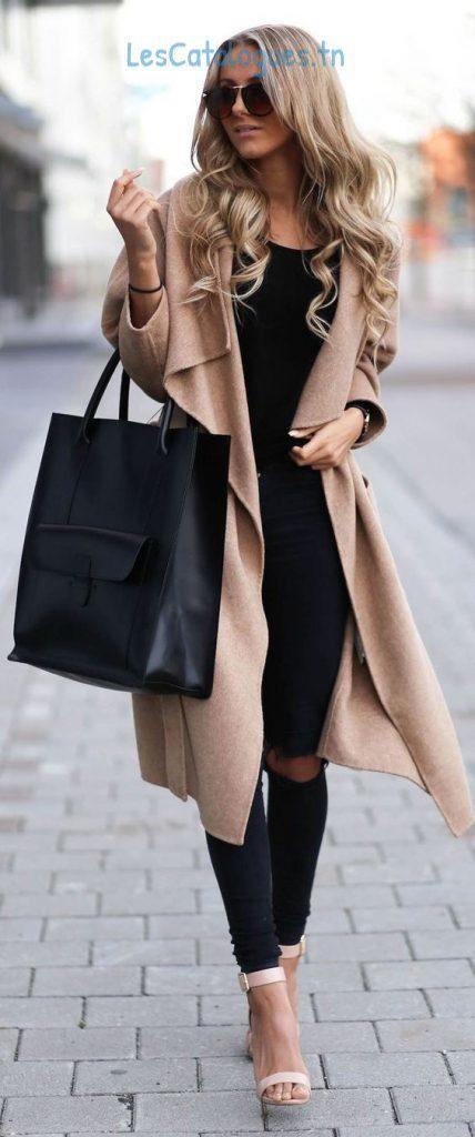 manteaux-femme-hiver-2017-manteau-long-en-beige-pour-femme-tendance-hiver-2017-428x1024