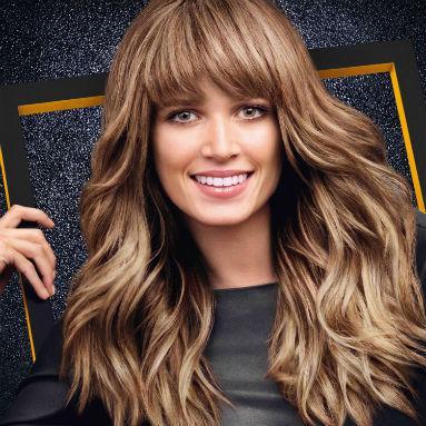 cheveux-long-avec-frange-sur-le-cote